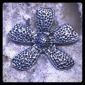 Retired Silpada flower pendent sterling silver
